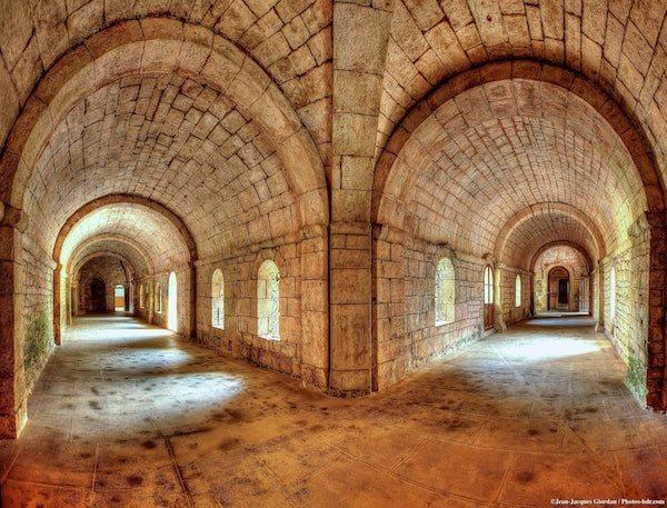 Horaires des messes saint honorat l 39 abbaye de l rins - Abbaye de citeaux horaires des offices ...
